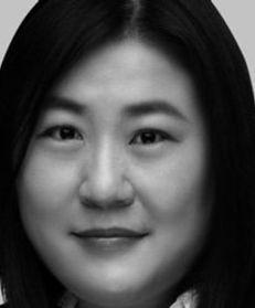 Dora W Wang