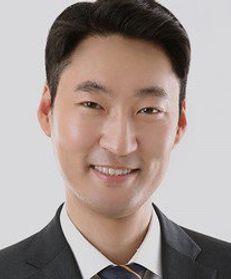 Keewoong Lee
