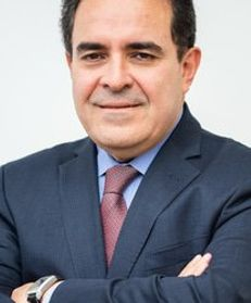Luis Fernando Macías Gómez
