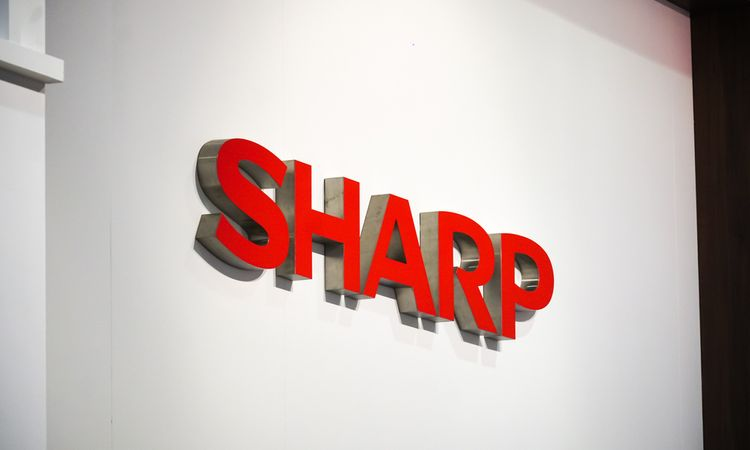 Patent deal with Sharp gave China's top LED maker ammunition against rival