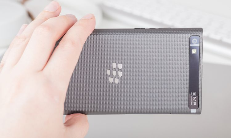 BlackBerry CEO: Majority of cash for patent portfolio expected in upfront payment