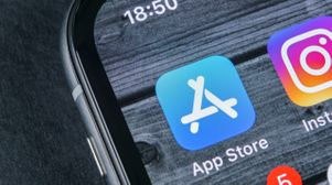 Apple executive defends App Store in fourth day of trial