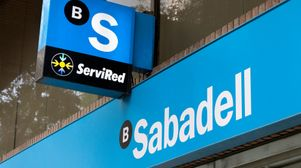 Spain probes four banks for tying covid-relief loans