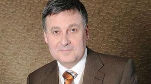 Latvian banker seeks to revive Kyrgyz award
