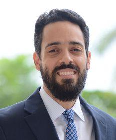 Fabio J Guzmán Saladín