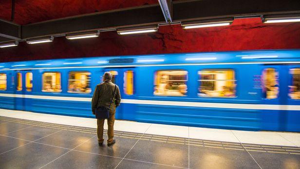 Hitachi awaits award in Stockholm metro dispute
