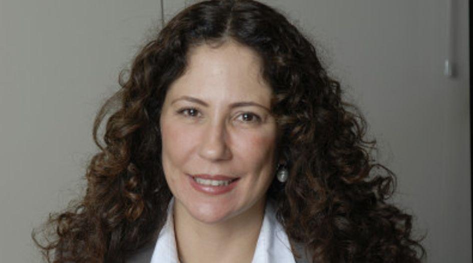 Mariana Tavares de Araujo