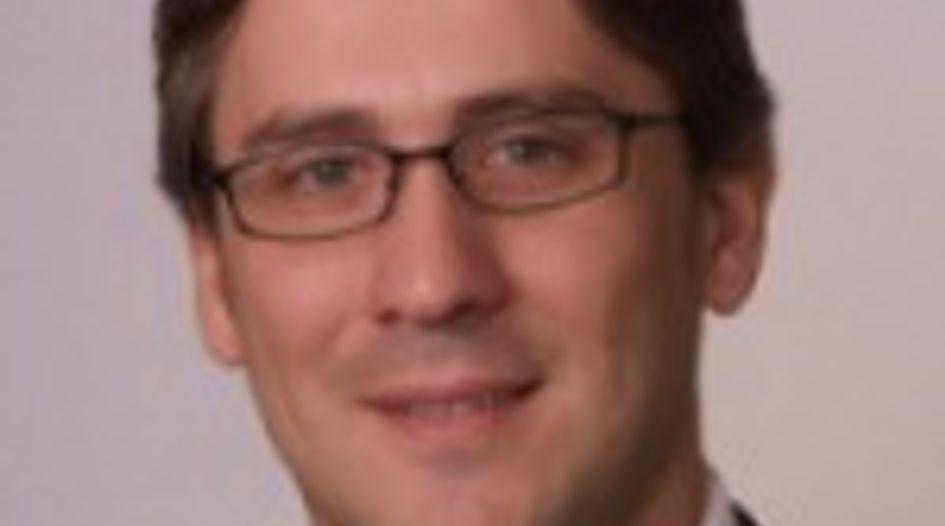 Roberto Aguirre Luzi